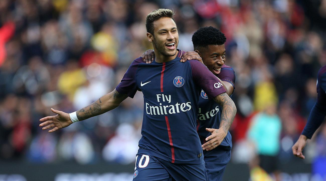 Neymar scores for PSG in 2017