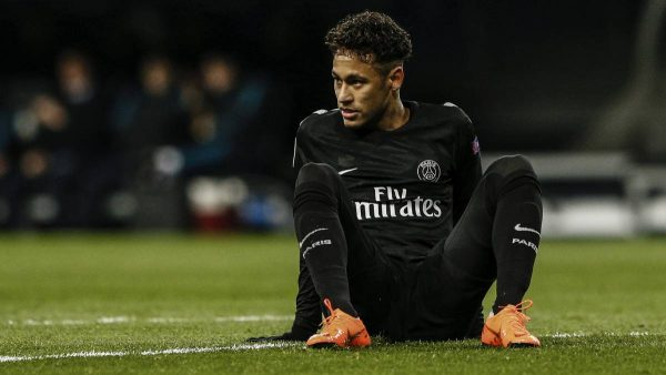 Neymar goes down in a game for PSG