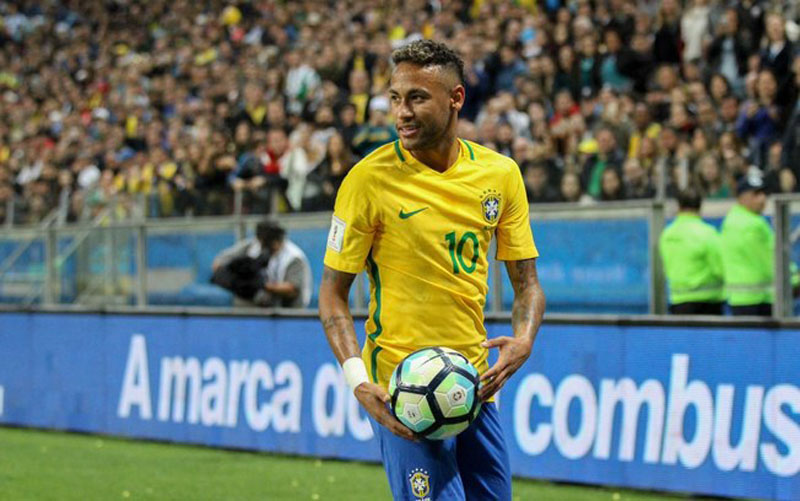 Neymar playing with the Brazilian National Team