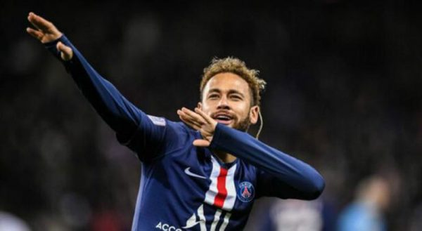 Neymar celebrates a goal for PSG with style