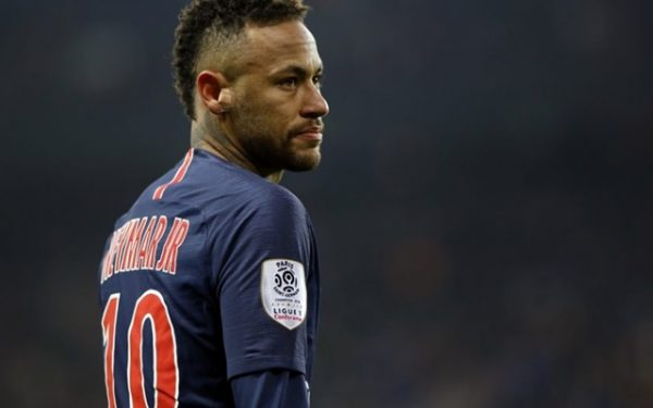 Neymar wearing the number 10 shirt in PSG