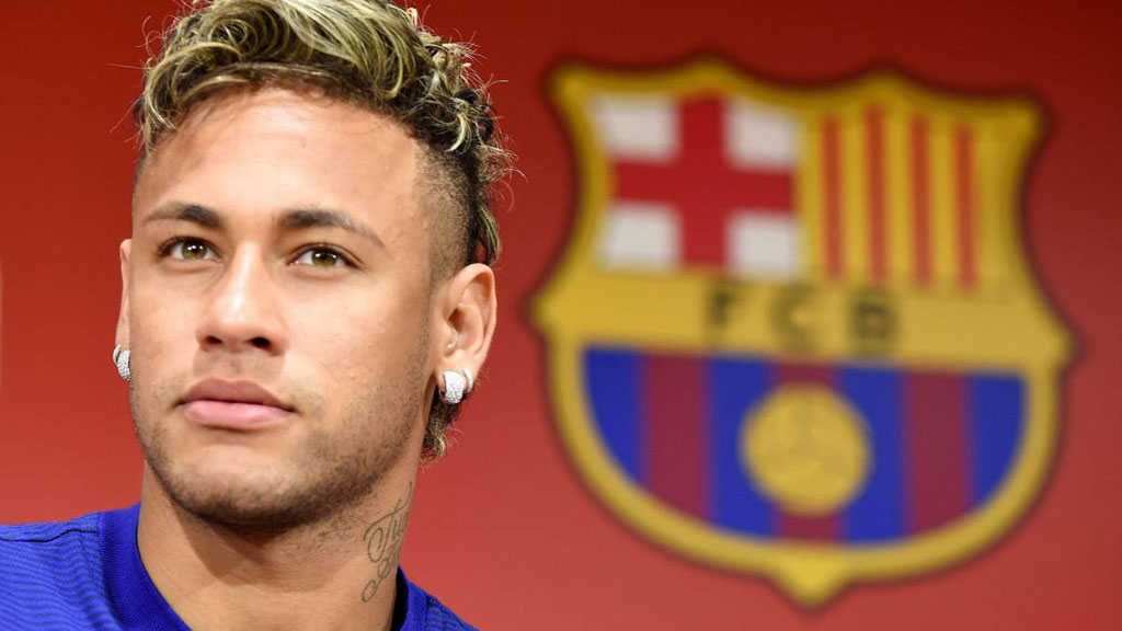 Neymar presented in Barcelona