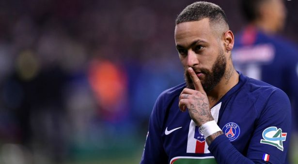 Should Neymar stay or leave PSG?